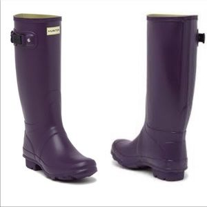 NWT Hunter Field Huntress purple boots